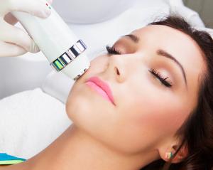 Kỹ thuật IPL trong thẩm mỹ và điều trị bệnh da